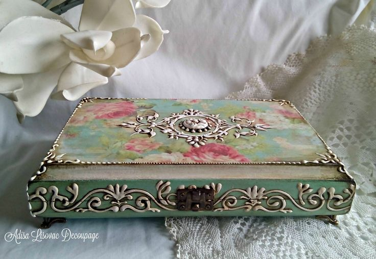 vintage lady jewelry box by Adisa Lisovac Decoupage
