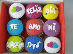 Resultado de imagen para cupcakes decorados de amor