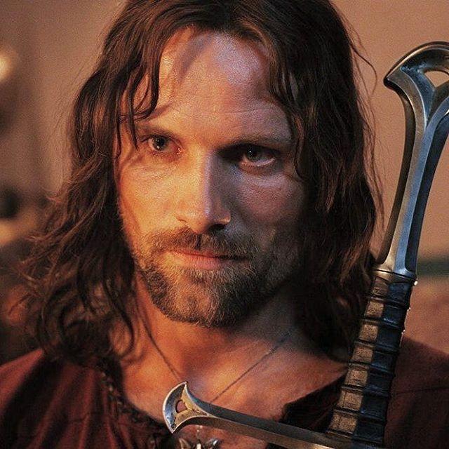 ♥..ARAGORN..♥ . . #lordoftherings#thehobbit#tolkien#middleearth#arda#tolkienfan#fellowseep#theshire#ring#gandalf#frodo#sam#merry#pippin#aragorn#legolas#gimli#boromir#galadril#cinema#hollywood#actor#film#movie#celebrity#هابیت#سینما #فیلم#موسیقی#هنر http://tipsrazzi.com/ipost/1504947150411608264/?code=BTipXWyBTDI