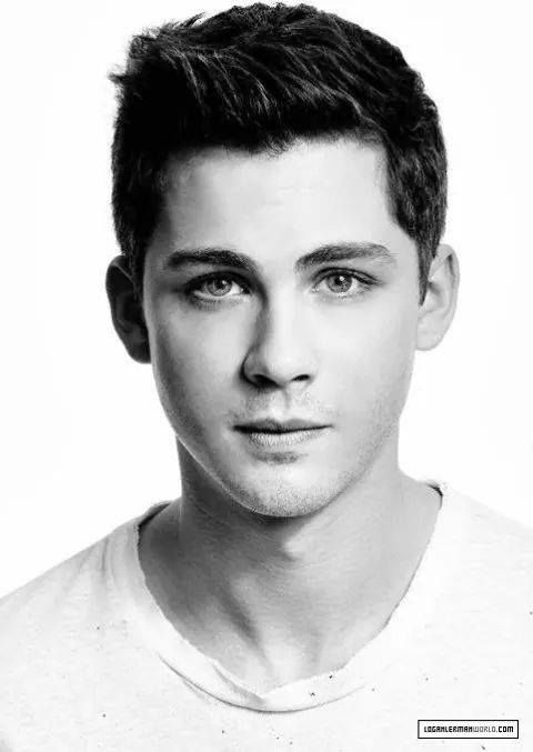 Excuse me while I pin constant photos of Logan Lerman. Sorry not sorry.