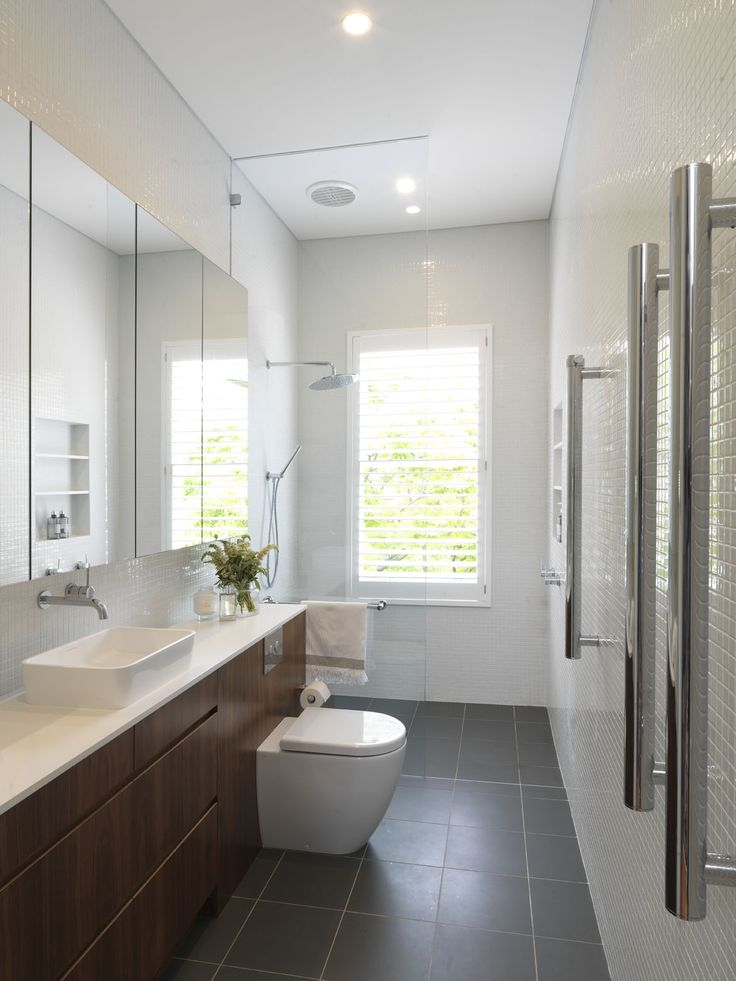WOOLLAHRA TERRACE   alwill  #interiors #bathroom #vanity #wood #whitetiles
