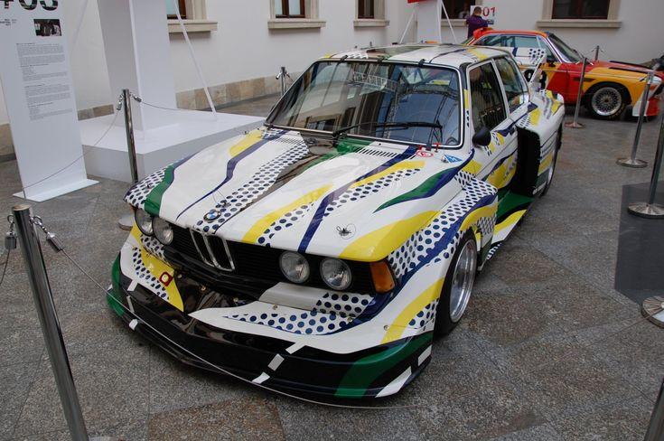 BMW 320i painted by Roy Lichtenstein