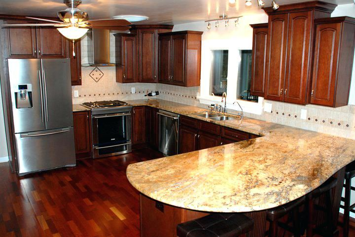 Staggered Kitchen Cabinets All Wood Staggered Height ...
