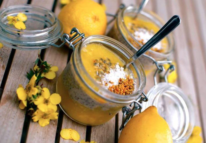 Chiapudding med smak av passionfrukt
