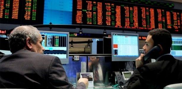 Bovespa cai 3,7%, maior queda diária em 7 meses; na semana, perde 2,7%
