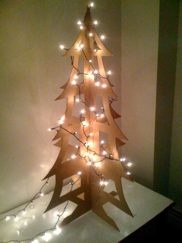 Ikea cardboard box christmas tree lights survival guide - Sapin de noel en bois ikea ...