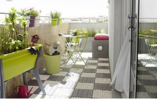 gärtnern Balkon Boden Fliesen Kies Holz oribinell kreativ