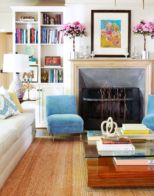 D Home : Designer Cynthia Collins' Picture-Perfect Home: Design Homes, Living Rooms, Color, Pretty Pink, Cynthia Collins, Interiors, Chic Homes, Blue Chairs, Pink Tulip