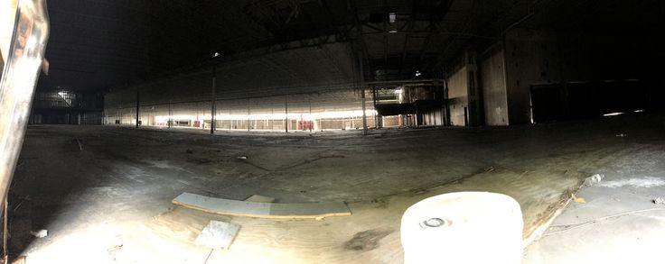 Former Hypermart USA Garland Texas closed 2008 [2048 x 817]