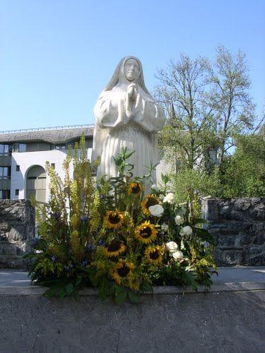 Santa Bernadette e i girasoli