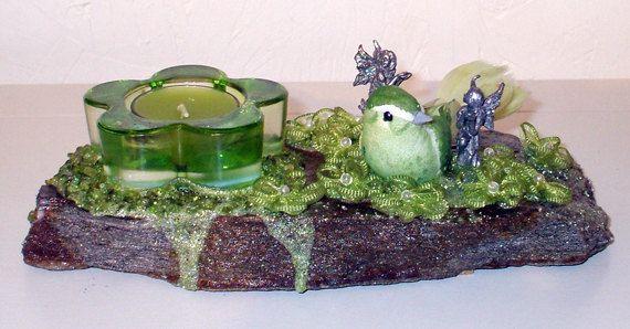 Chandelier RockFée aux vertus ésotériques puissantes, Oiseau Vert 2 tons et sœurs fées, Jardin de pépites d'Olivine (Péridot)par LAFABRIQUEFEERIQUE, $35.00
