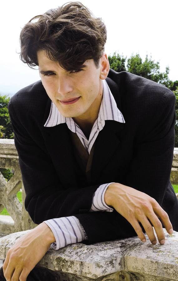 Yon González