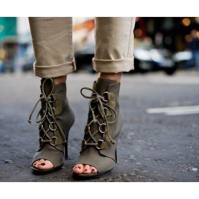 Corset Heels: Peeps Toe, Corsets Heels, High Heels, Closet, Olives Green, Photo, Heels Reports, Green Boots, Shoes Shoes