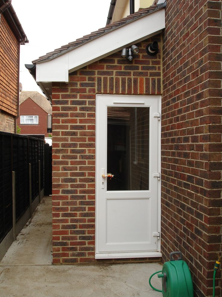 Side utility room extension.