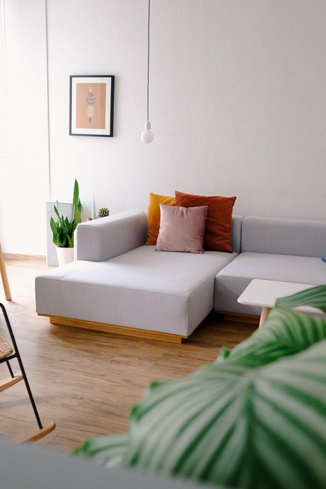 Groß, Grau, Gemütlich: Unser Neues Sofa. Wieso Wir Die Super Couch So  Lieben Und Einfach Alles, Was Man über Das Schöne Graue Sofa So Erzählen  Kann, ...