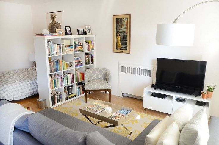 Annie's Harmonious Oakland Studio - nice studio apartment layout and the grey and yellow color scheme