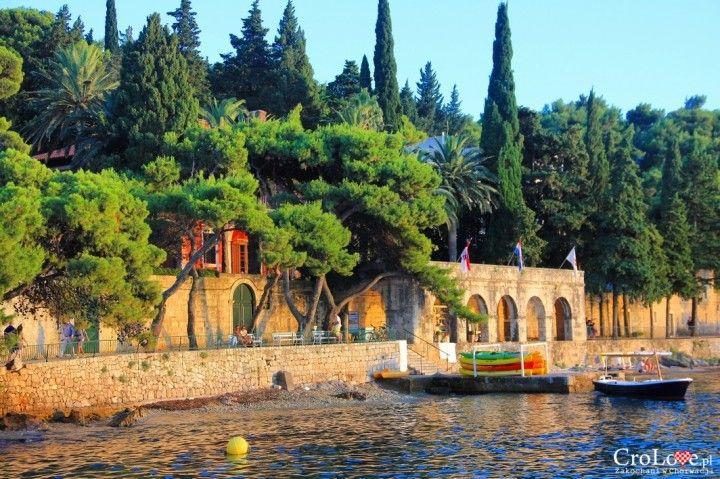 Promenada w Cavtacie || http://crolove.pl/cavtat-spokojne-i-urokliwe-miasteczko-w-poludniowej-dalmacji/ || #Cavtat #Dubrownik #Chorwacja #Croatia