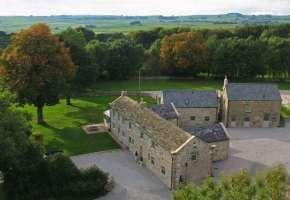 Brosterfield Farm (Barn / oasthouse / farm) wedding venue ...