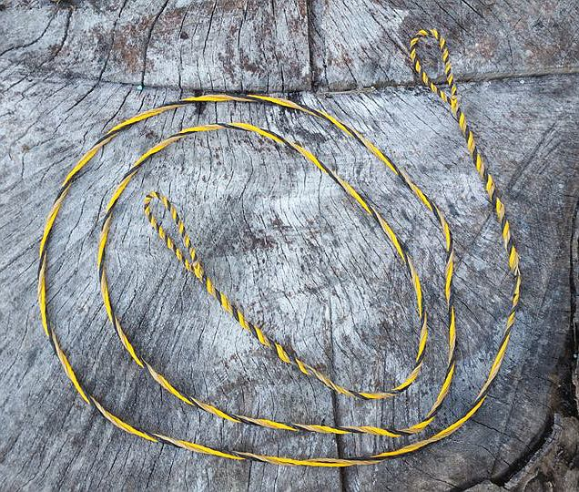 a three-bundle double-loop flemish twist bowstring from Humble Archery https://www.etsy.com/shop/HumbleArchery?ref=hdr_shop_menu&section_id=20244631