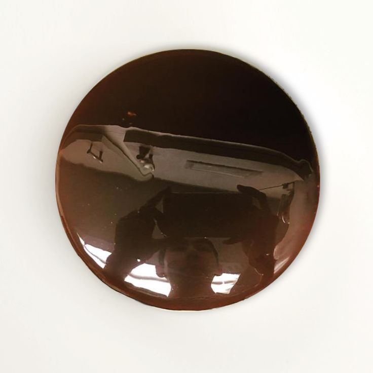 25 best ideas about chocolate mirror glaze on pinterest for Glacage miroir caramel
