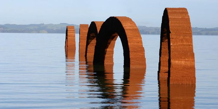 Andy Goldsworthy -- Arches 2005    Pink Leadhill sandstone blocks stacked into 11 freestanding arches. Each arch is 7m long with each block 1.4m²