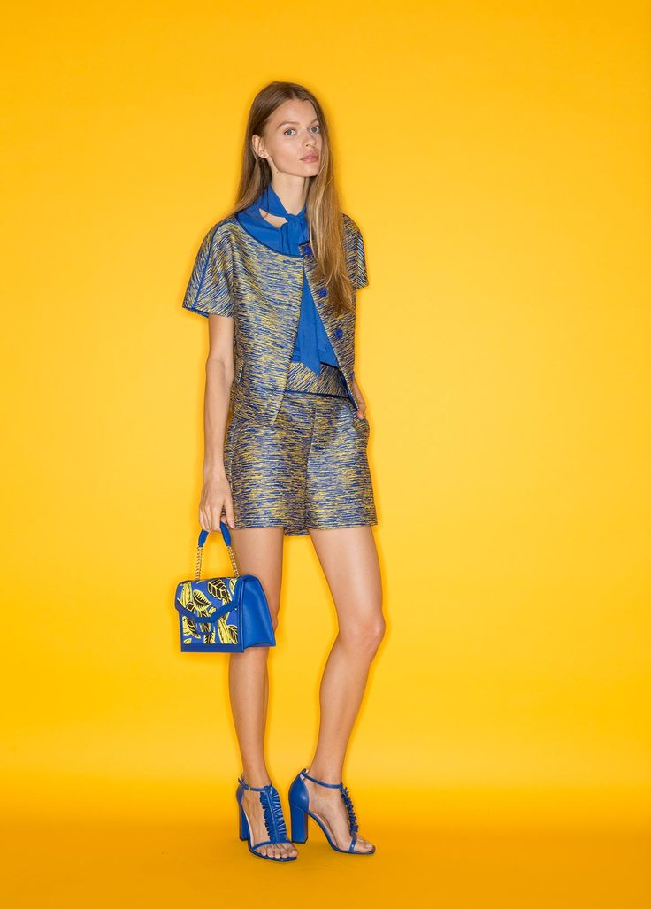Boutique Moschino Spring/Summer 2017 - See more on www.moschino.com!