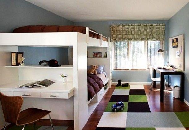 jongens kamer met ruimte voor huiswerk, slapen en vriendjes Door annemike