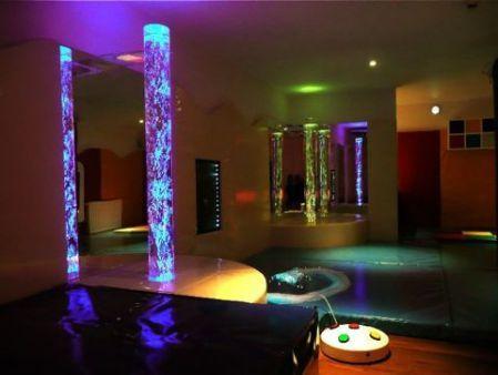 1000 images about colonnes lumineuses on pinterest - Colonne d eau lumineuse ...
