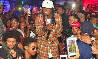 Lil Wayne Fans Get Extra Security For Club Appeara...