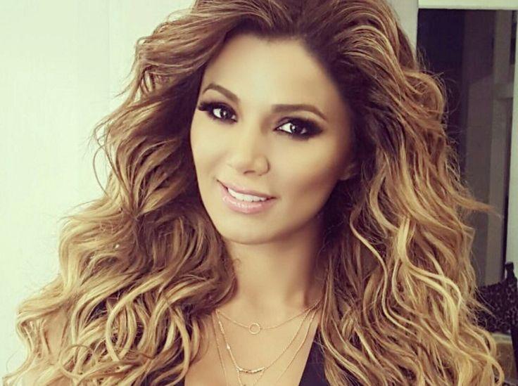 La cantante y actriz Aleida Nuñez comparte su sentir ante la gran despedida de Vicente Fernández ¡Checa el video!