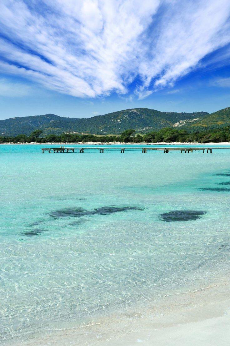 Venez visiter la Corse c'est une île Magnifique! Plages de Porto-Vecchio - Marina di Santa Giulia.