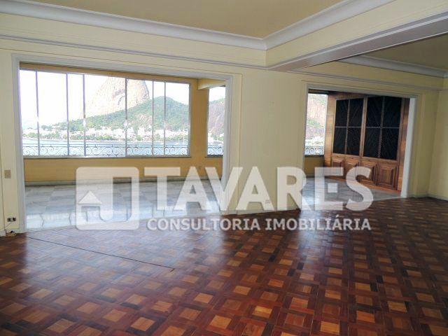 Amplo Apartamento em andar alto, com vista deslumbrante para o Pão de Açúcar e Baia de Guanabara. Prédio tradicional e elegante.  4 Quartos | 1 Suíte | 2 Vagas de garagem | 525 m²  http://www.jtavares.com.br/35455   #RioDeJaneiro #Flamengo #JTavares #JTavaresFlamengo #ImoveisDeLuxo #ImoveisDeLuxorj #ImoveisdealtopadraoRJ #Imoveisrj #Imóveis #Imóvel #Imoveldodia  #Imoveldeluxo #Altopadrão #Altopadrãorj #Apartamento #Apartamentorj #ApartamentoFlamengo #Vistamaravilhosa #Pãodeaçúcar