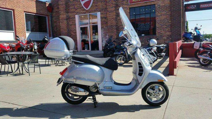 Used 2007 Vespa GTS 250 Motorcycles For Sale in Colorado,CO. Fifty years ago, Piaggio shook up the scooter world with its Vespa GS (Gran Sport), at the time the fastest Vespa, the first to reach speeds of more than 60 miles per hour and the first Vespa model with 10-inch wheels. Today, Vespa makes history again by renewing the GS blend of speed and style in the Vespa GTS 250, an uncompromising fusion of breathtaking performance, technical superiority and classic Vespa design, to become the…