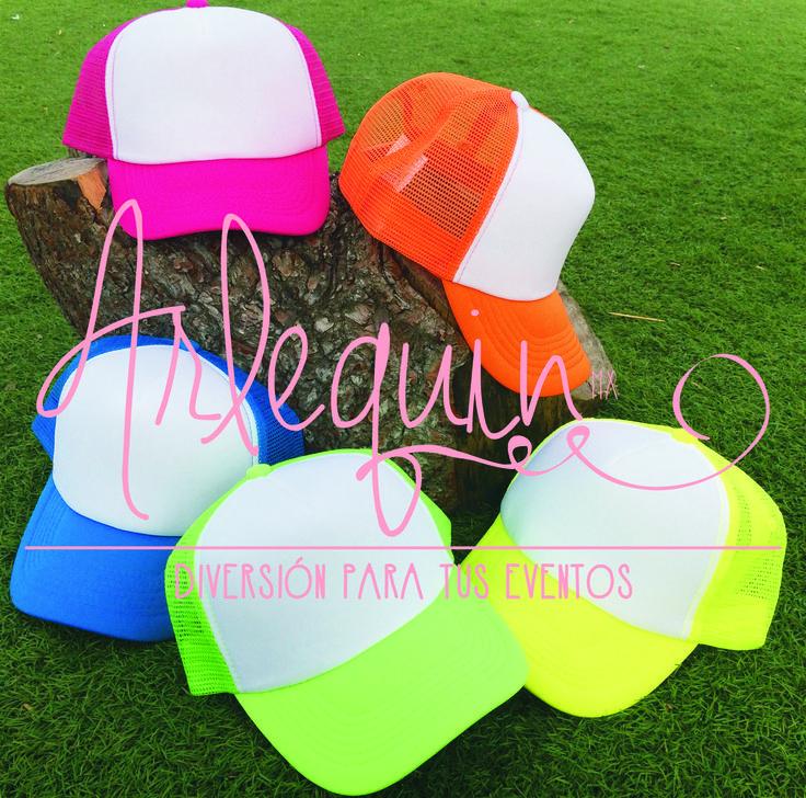 Personaliza las nuevas gorras #neon!!