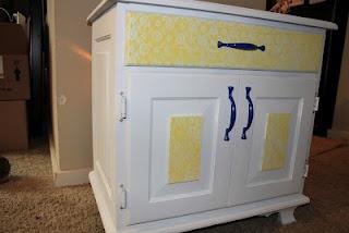 Spray Paint and Lace: Decor Ideas, Crafts Ideaa, Great Ideas, Crafty Ideas