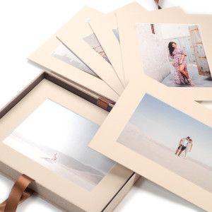 Dárková krabice na fotografie v paspartách. Svatební fotografie, jubilea.