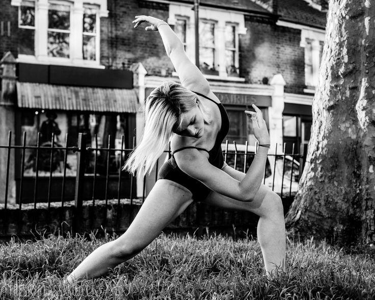 Dancing in Dalston Series Jilna Shukla http://www.thespyglassproject.com/gallery/9pks8szymwh7n6cher4gp8synjjn8a