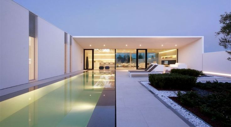 Pool Villa by jacopo mascheroni architecture