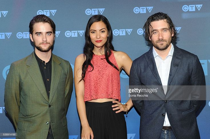 News Photo : Landon Liboiron, Jessica Matten and Allan Hawco...