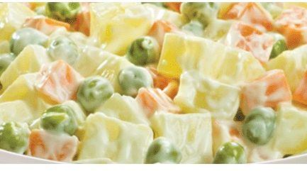 Brazilian potato salad / Salada de maionese (com a maionese vegana Vegenaise)