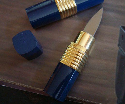 Hidden Lipstick Knife http://www.thisiswhyimbroke.com/hidden-lipstick-knife.