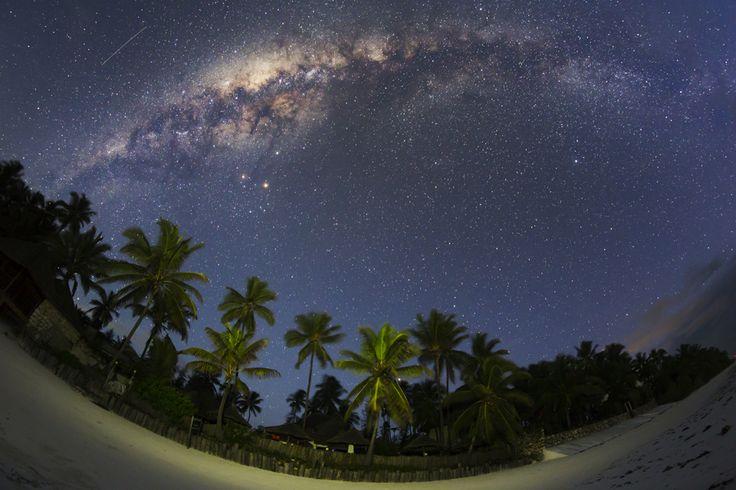 Tablou: Calea Lactee a Zanzibarului @ Dan Mirica