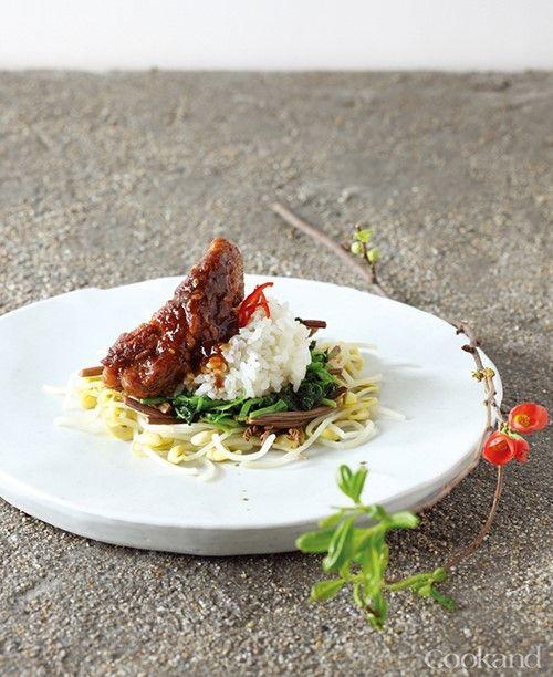 순한 양념 비빔밥 이미지 1