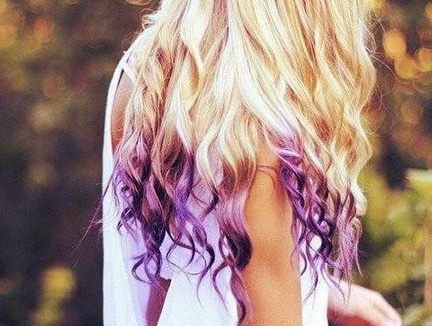 Cabelo RoxoPurple Hair, Hair Colors, Ombre Hair, Dips Dyes, Purplehair, Dyes Hair, Hair Chalk, Hair Tips, Dips Dyed Hair