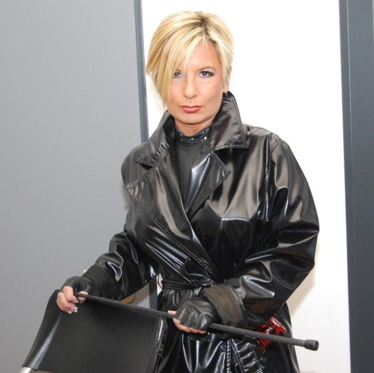 Domina Lynnette  Chicagos Top Dominatrix and Fetish Model