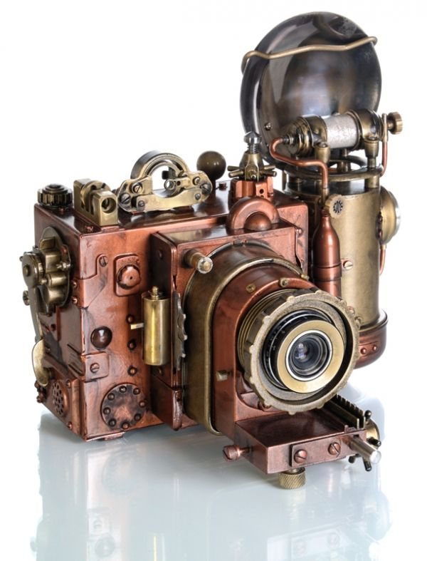 Steampunk modded Camera from Russia.  Beautiful work!