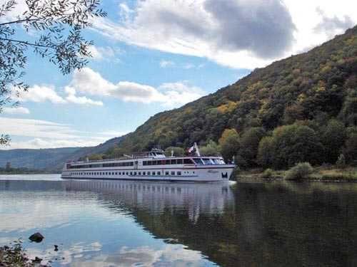 MPS Allegro. Luxury rivercruiser capable of housing 146 people.