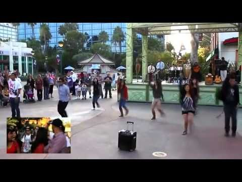 Best wedding Proposal ever !!! Jamin's Downtown Disney Flashmob Proposal. <3 all time favortiee!