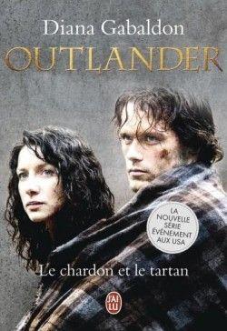 Après avoir découvert la série Outlander, j'ai voulu lire les livres de Diana Gabaldon et voir si le réalisateur est resté fidèle au roman... J'avoue qu'en général je fais les choses dans l'autre sens : je préfère lire les livres et regarder ensuite les séries ou films adaptés, je suis d'ailleurs souvent déçue...