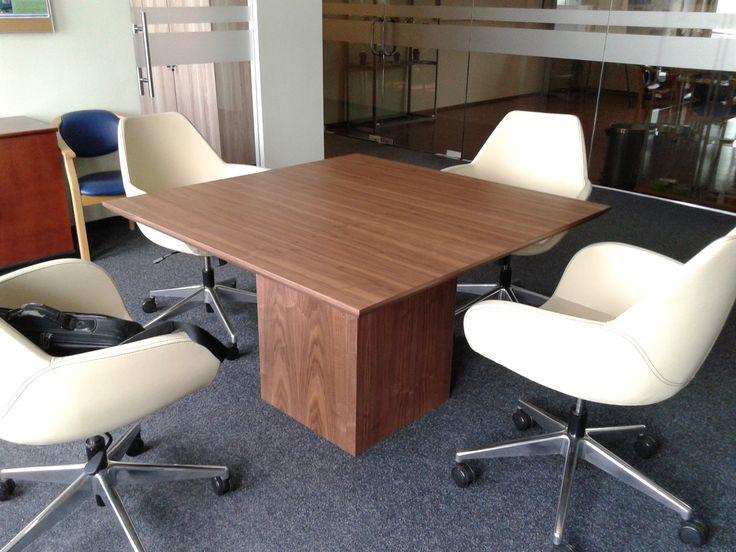 stół konferencyjny VRC